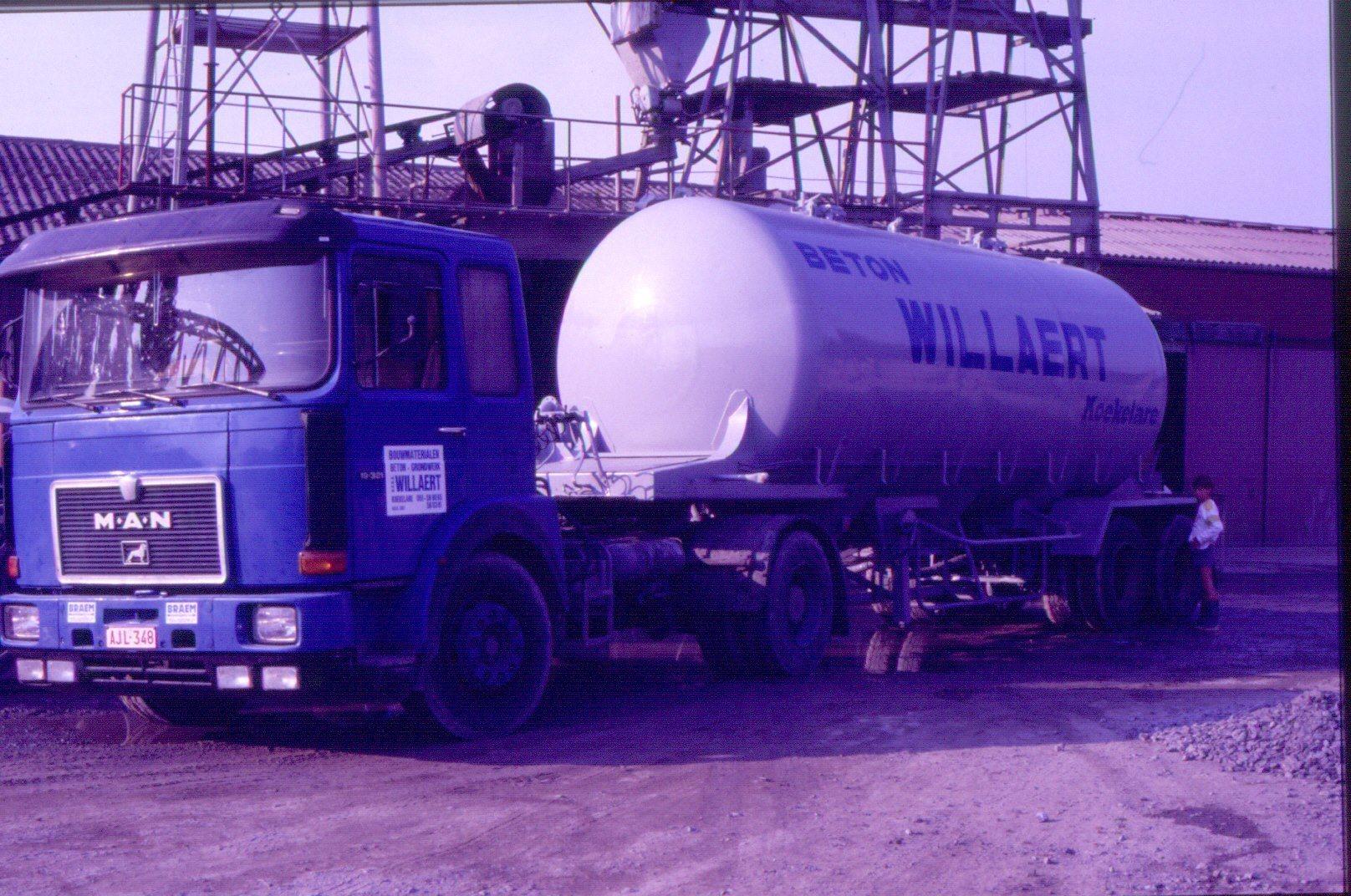 MAN-ca-1985-eerste-betonpomp
