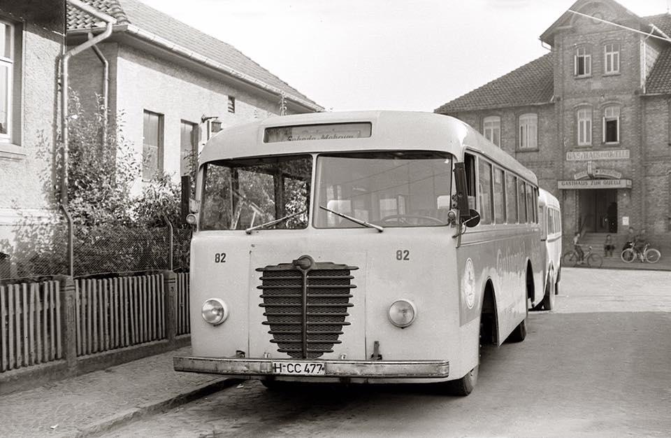 Bussing-T-5000-bj-1945-met-AHW--Emmelman--ca-1858