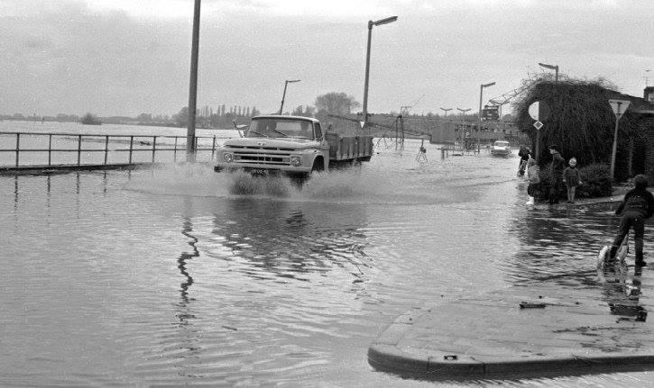 1965-Maaskade-venlo