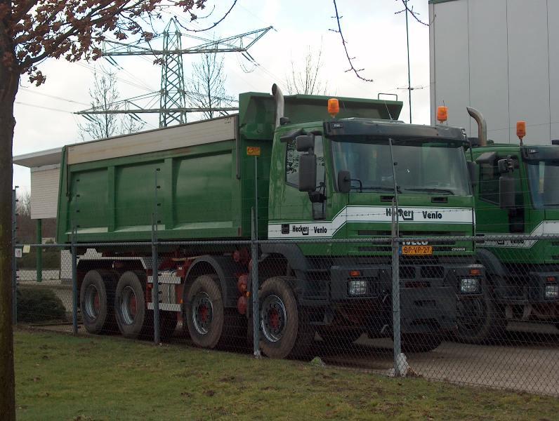 Iveco-Eurotrakker-440-8x4