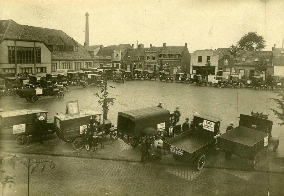 Tilburg-Piusplein-1924