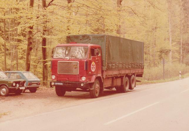 Volvo--6X2-F88-Hary