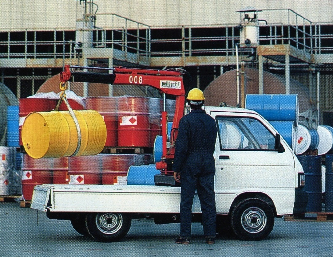 Hydraulic-Crane-Van