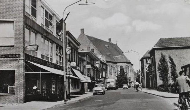 Doetinchem-Waterstraat-1959-met-een-Daf-DO