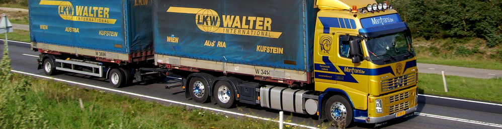 Volvo-charter-containers