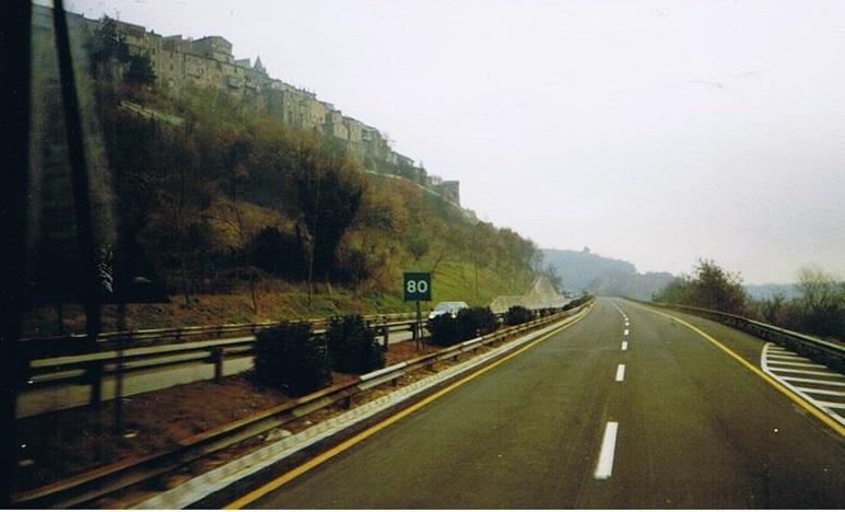 1987-A-1-Autostrada-de-sole-80-km-vor-der-GRA-Rome