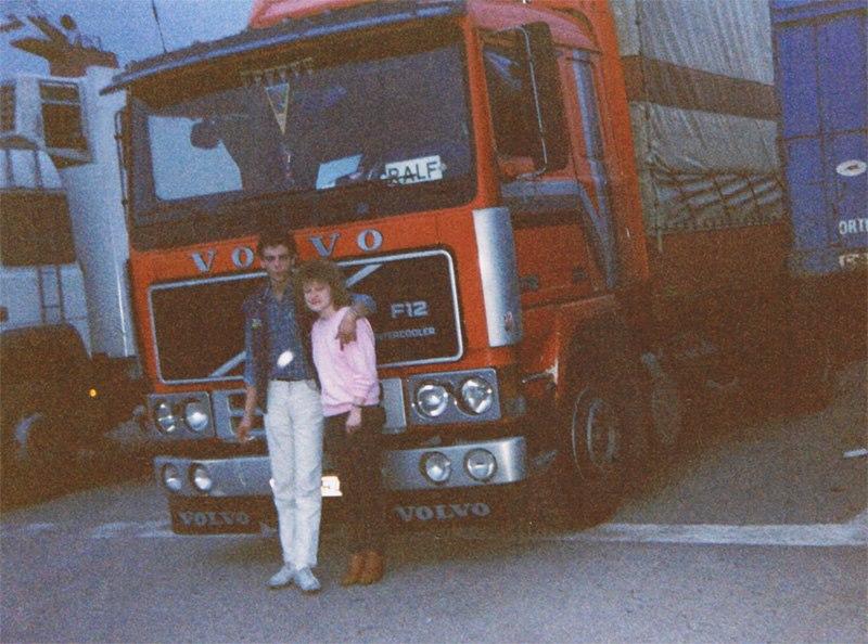 1989--Warten-auf-die-Fahre-nach-Olbia-in-Civitavecchia
