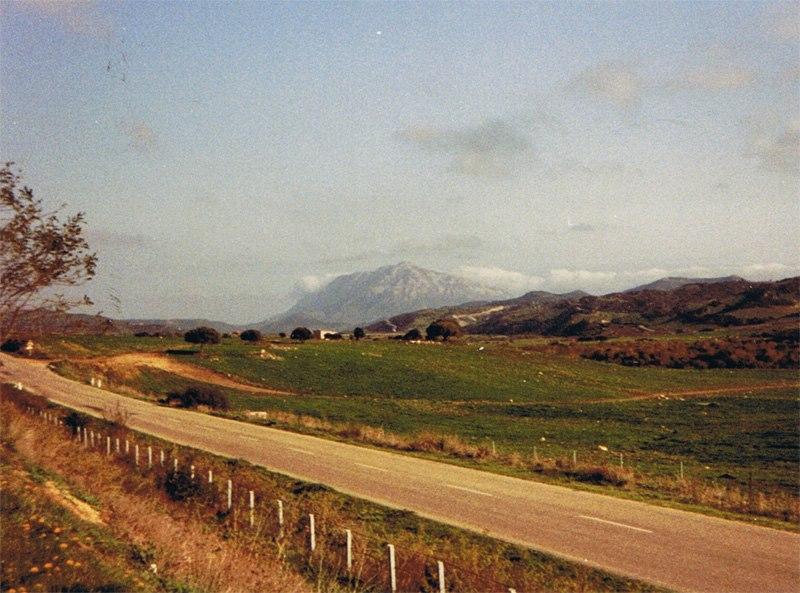 1989-Nordsardegna-auf-dem-Weg-nach-Cagliari--in-der-Nahe-von-Siniscola