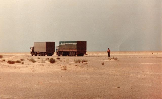 in-woestijn-opweg