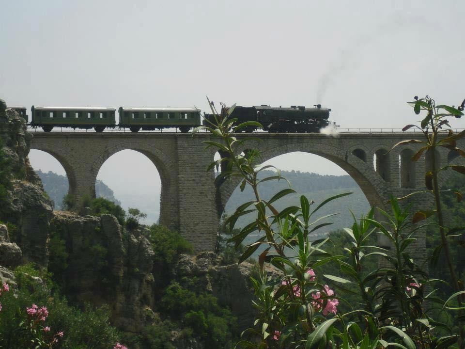Spoor-9