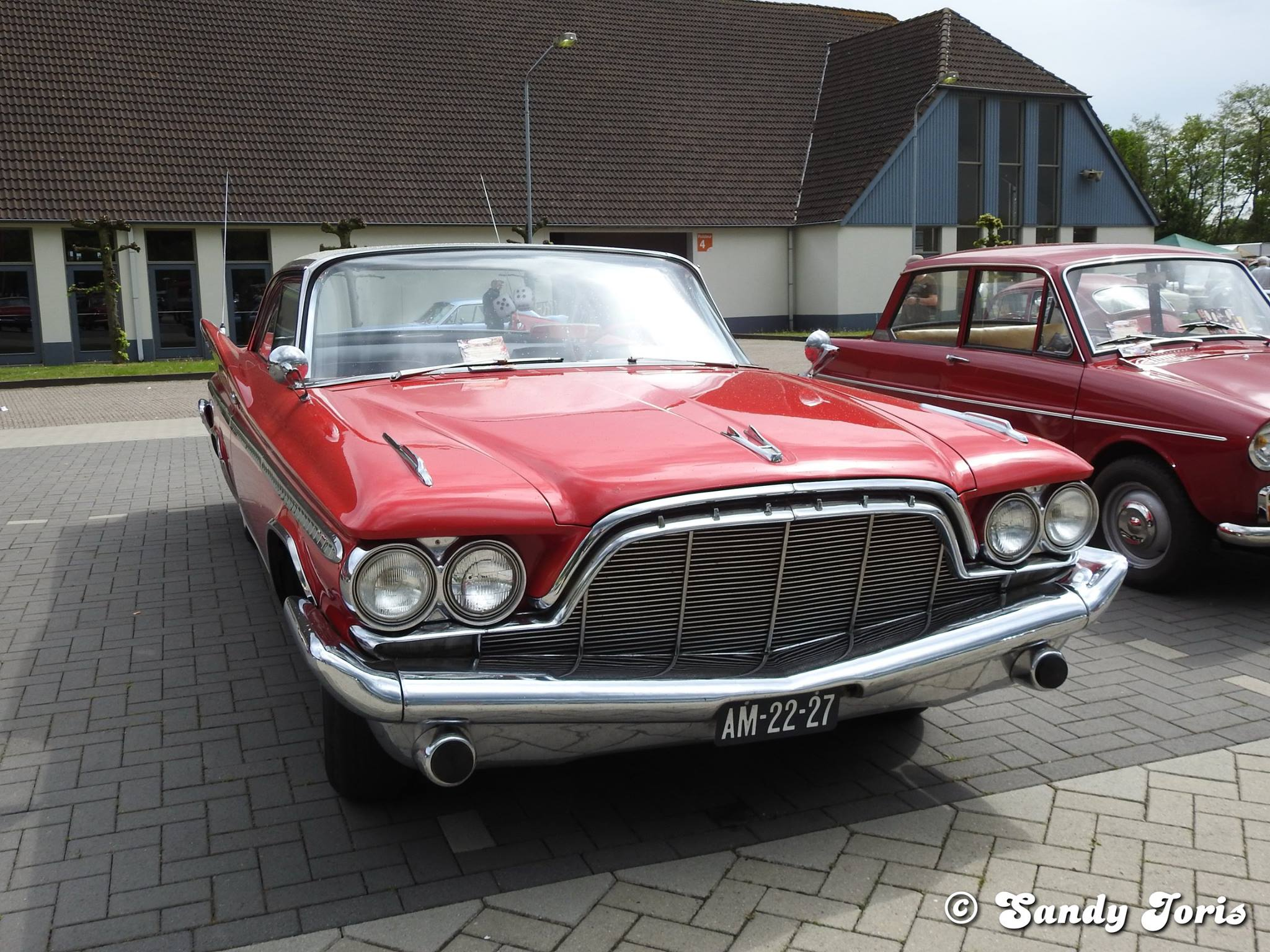 De-Soto-Adventurer-1960