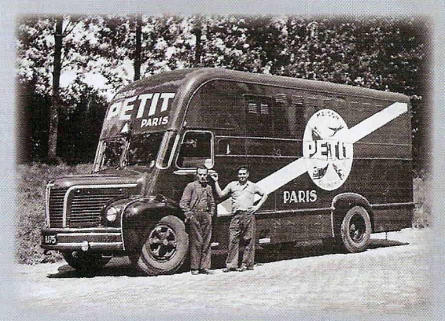 Serge-Filippis-Berliet-vervoer-Rue--Lamartine-Pari-9e-begin-als-verhuizer