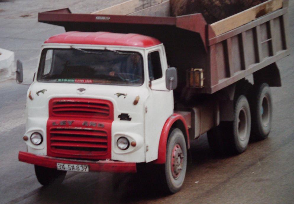 Leyland-Comet