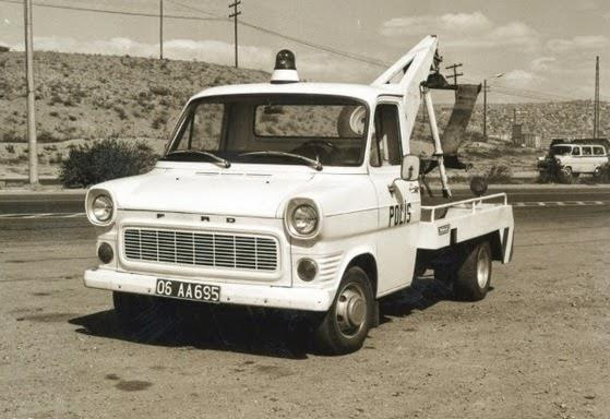 Ford-takelwagen-Polis