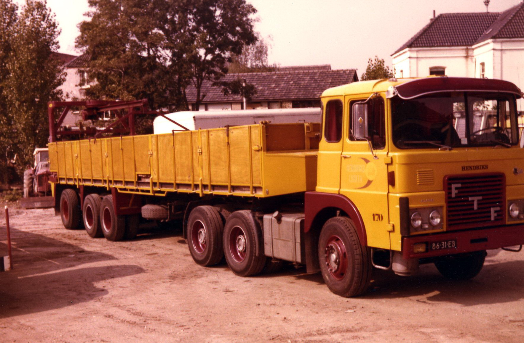 Hendriks-Lobith-FTF-F-7.26D-8631EB-ex-Berends-Arnhem