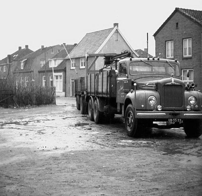 Hendriks-Lobith-Mack-B43S-UB5533