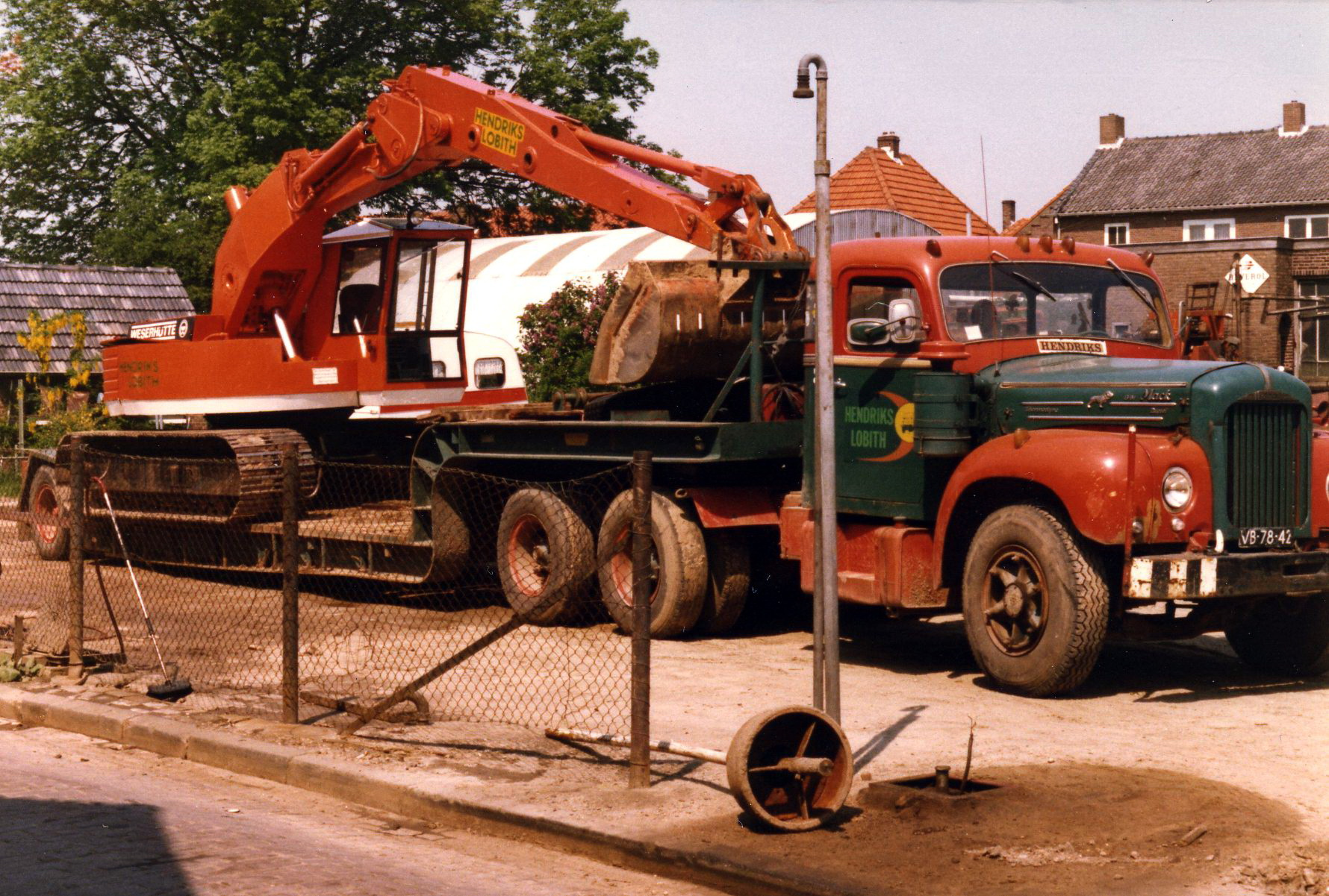 Hendriks-Lobith-Mack-B61S-VB7842-3