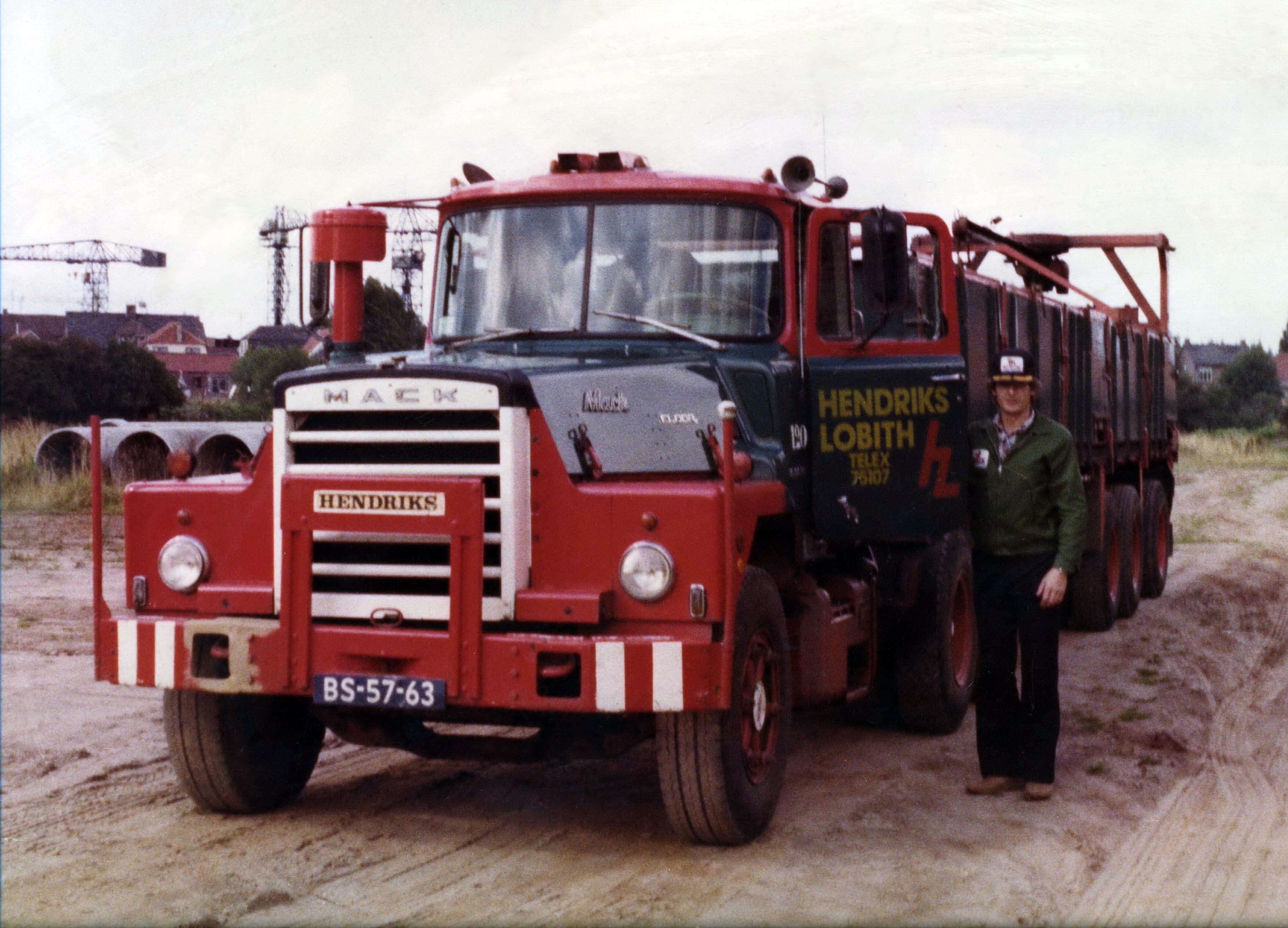 Hendriks-Lobith-Mack-DM-609-S-BS5763