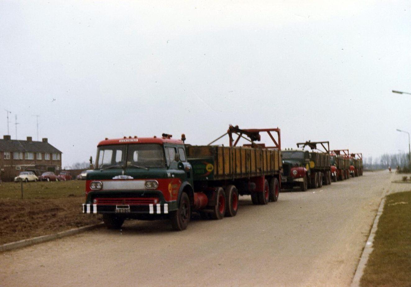 Hendriks-Lobith-Mack-N61-DB6026-2