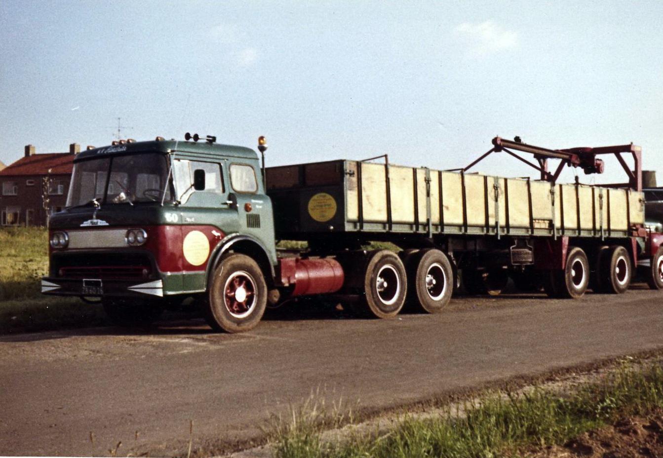 Hendriks-Lobith-Mack-N61-ZB6026