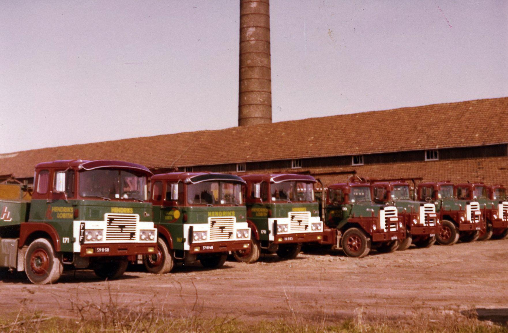 Hendriks-Lobith-3x-FTF--Mack-5x-DM-609-S