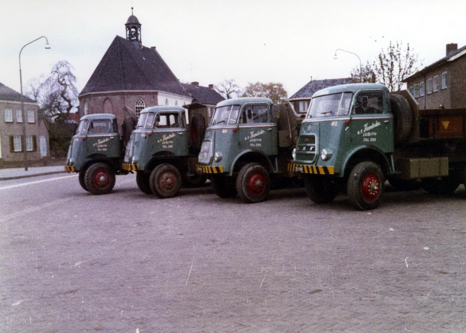 Hendriks-Lobith-5x-DAF-1900-2