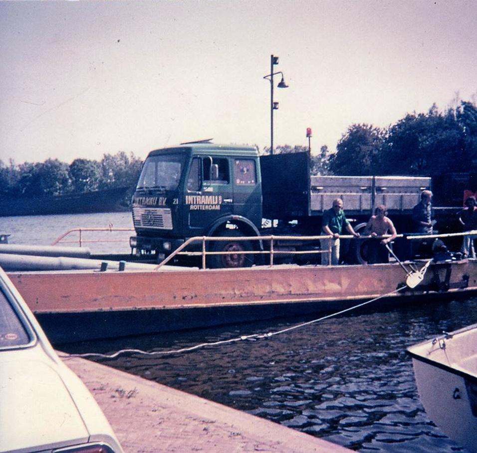 1976--28-14-HB-Wijter-Barendregt-archief-aankomst_