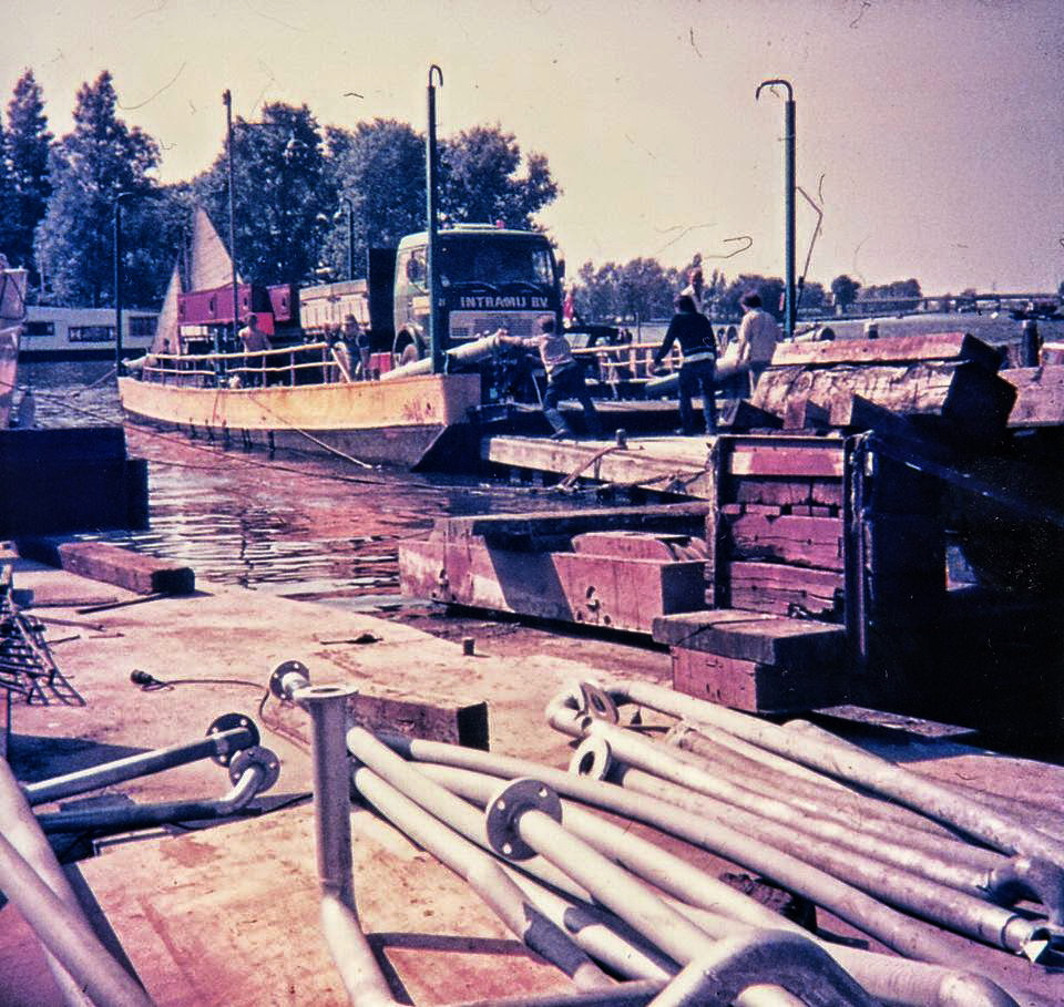 1976--28-14-HB-Wijter-Barendregt-archief-aankomst_3