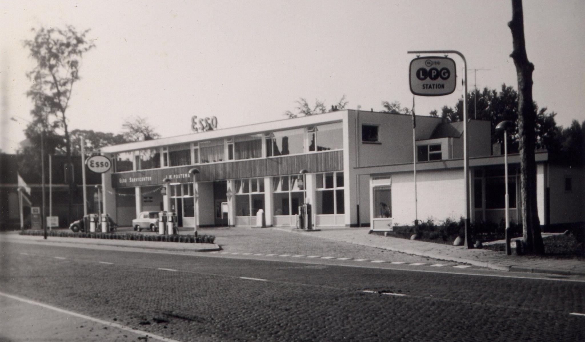 Postema-J-M-Rijkstraatweg-Haren-garage--ca-1962
