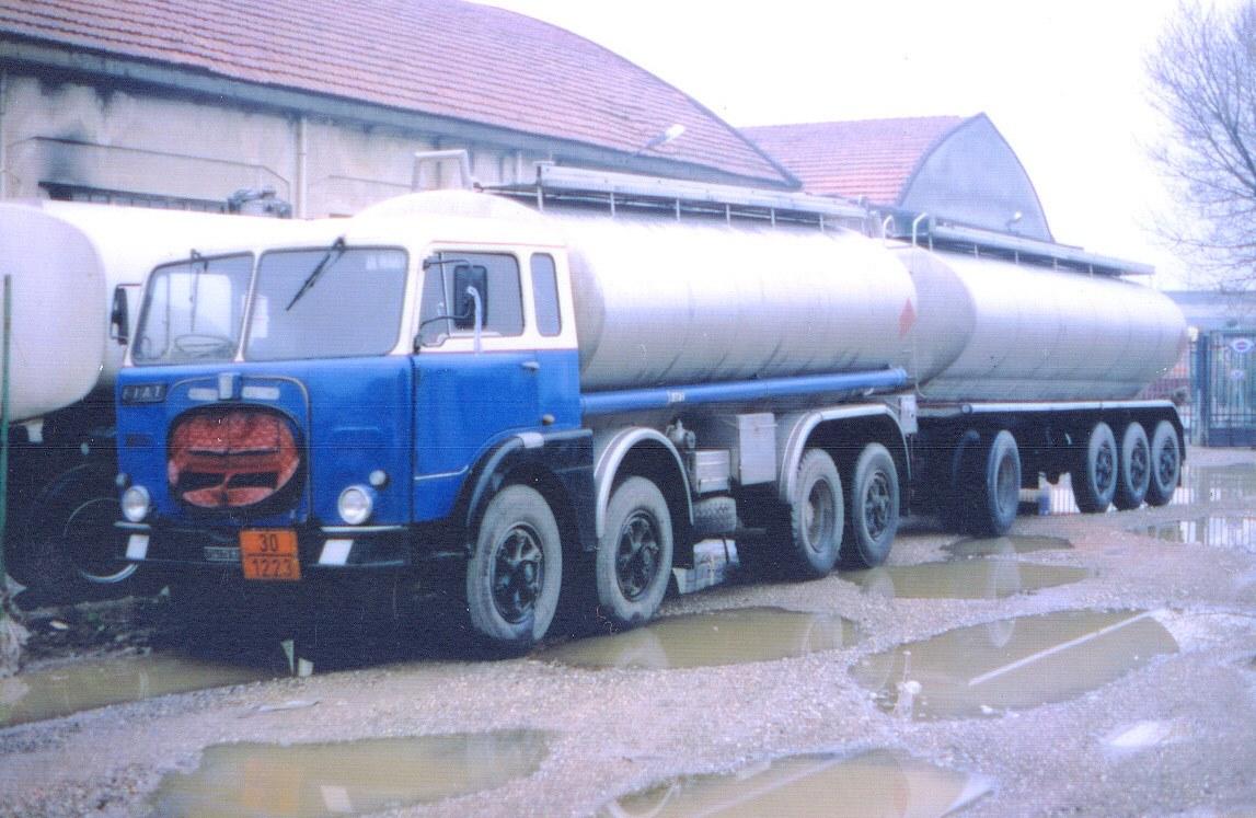 Fiat-690-8-assi
