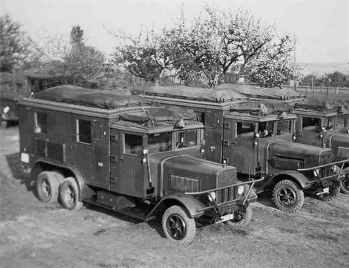 Henschel--33-D