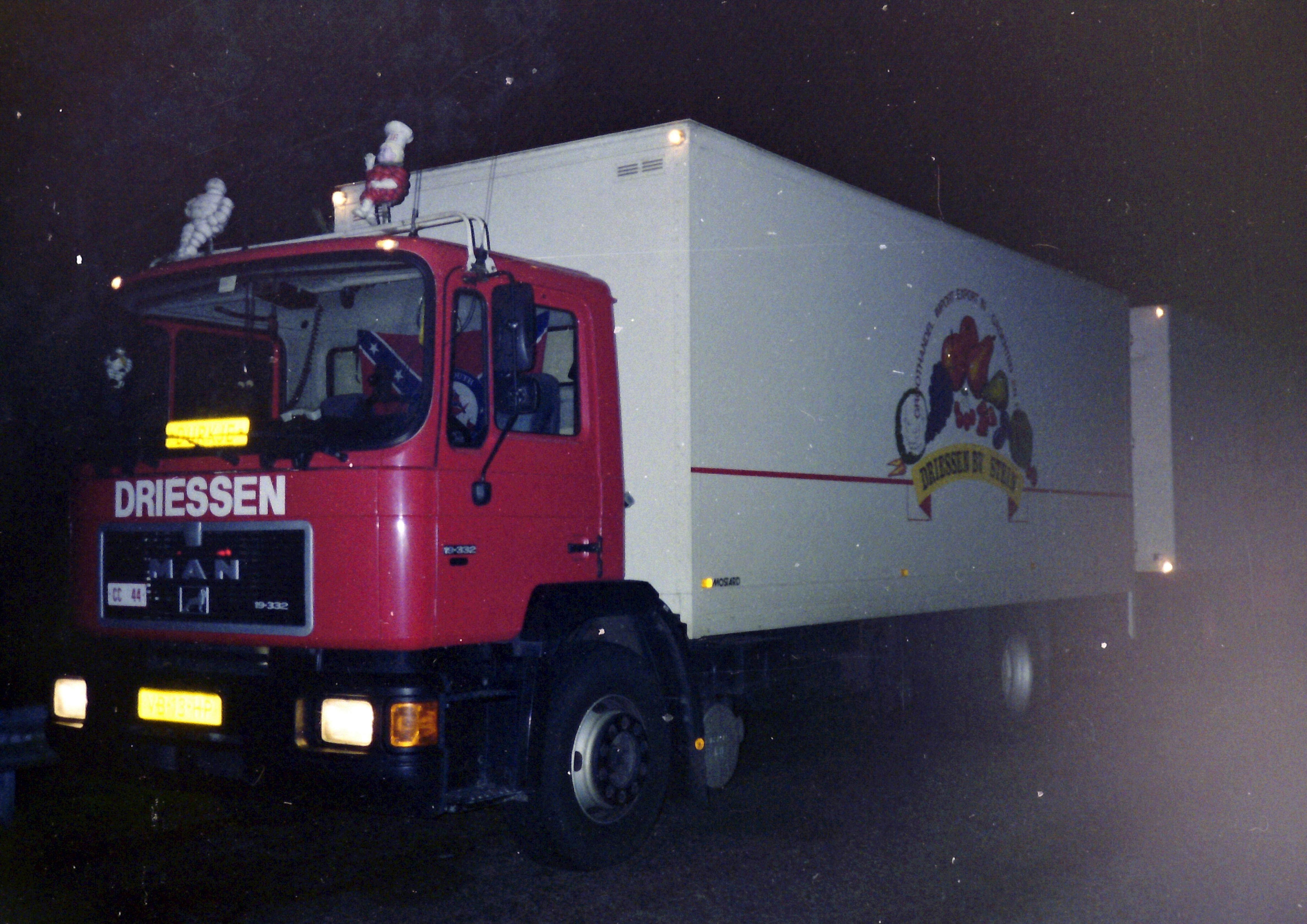 MAN-19.332-Hans-van-Wakeren