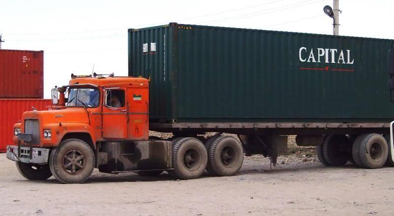 Mack-int-truck