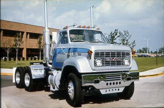 GMC-type-9500-6X4
