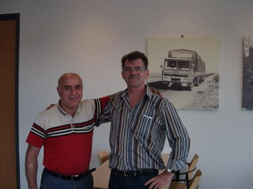 Y-Italie-Binici-ruim-20jaar-in-dienst-hier-met-Jan-Kengen.-helaas-overleden-was-een-top-chauffeur