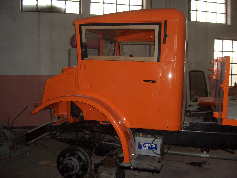GMC--81