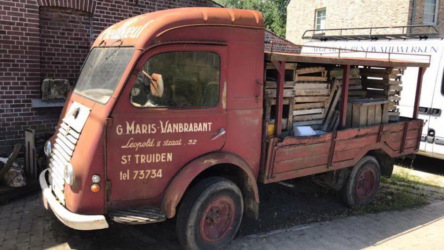 Renault-van-de-bierbrouwer-G.-maris-Vanbrabant