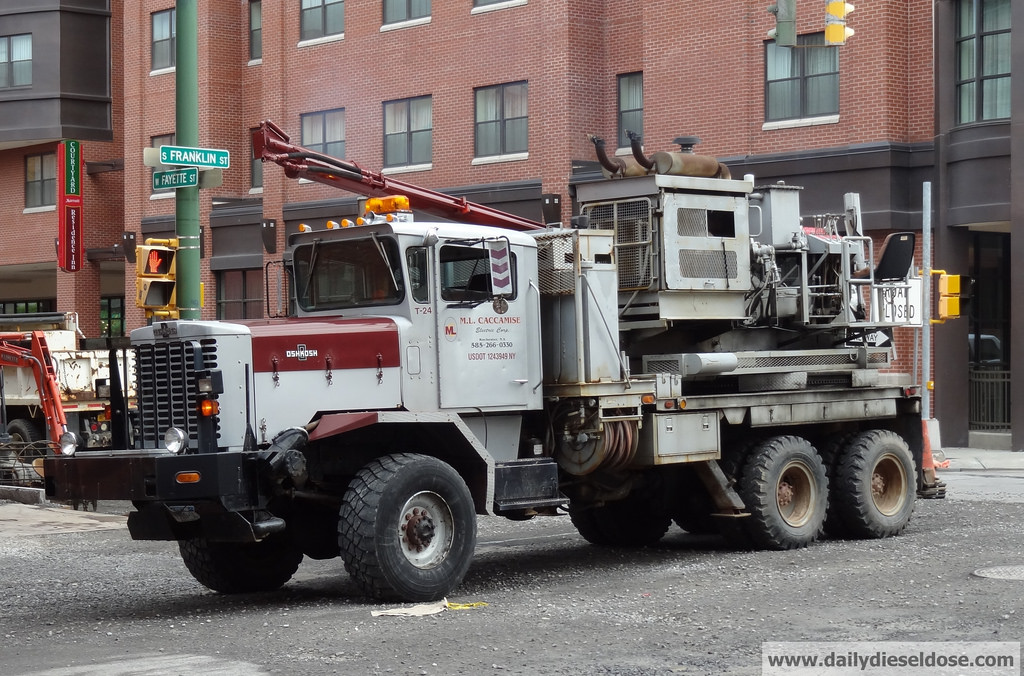 Dril-Truck-6X6
