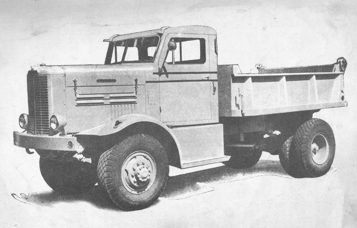 Oshkosh-4x4-truck-W-712