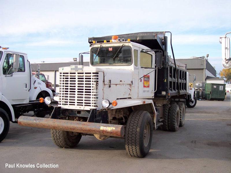 oshkosh-dump--truck[