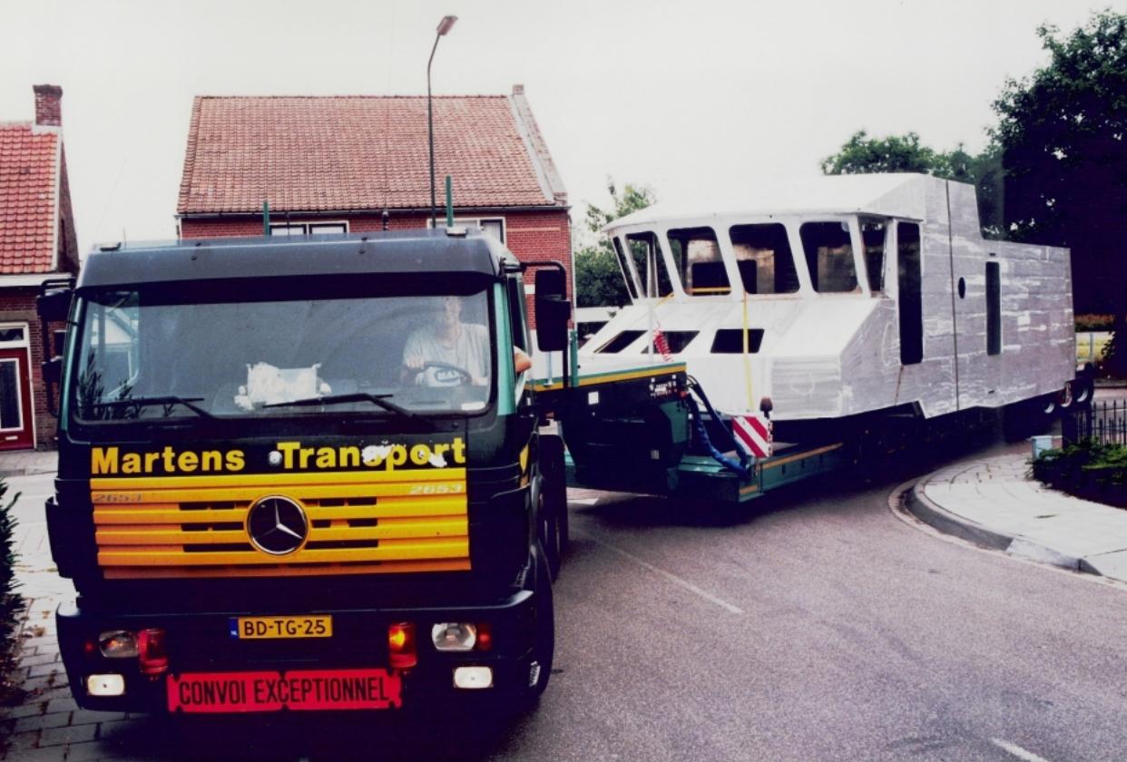 Mercedes-6