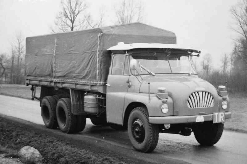 Tatra-T-138-6X6--Middle-East-Roof