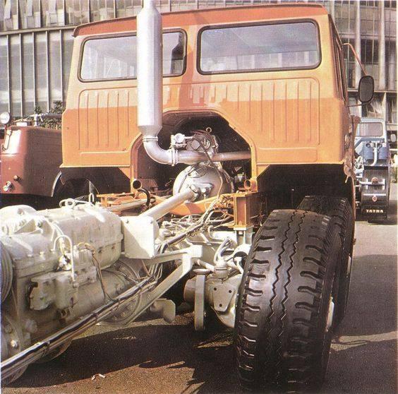 Tatra-T-813-8X8-AD-350