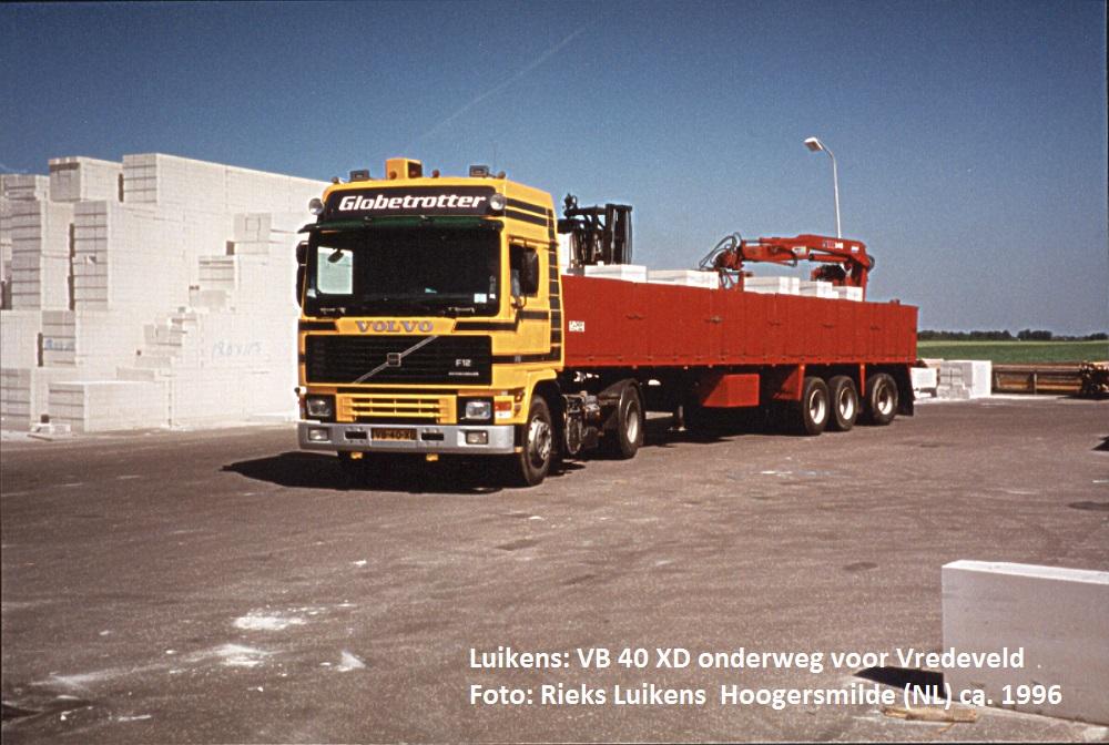 vb40xd-staat-geladen-met-kalkzandsteen.-chauffeur-was-willie-de-boer