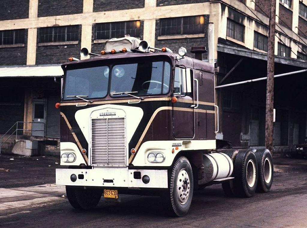 Kenworth-K100-1969