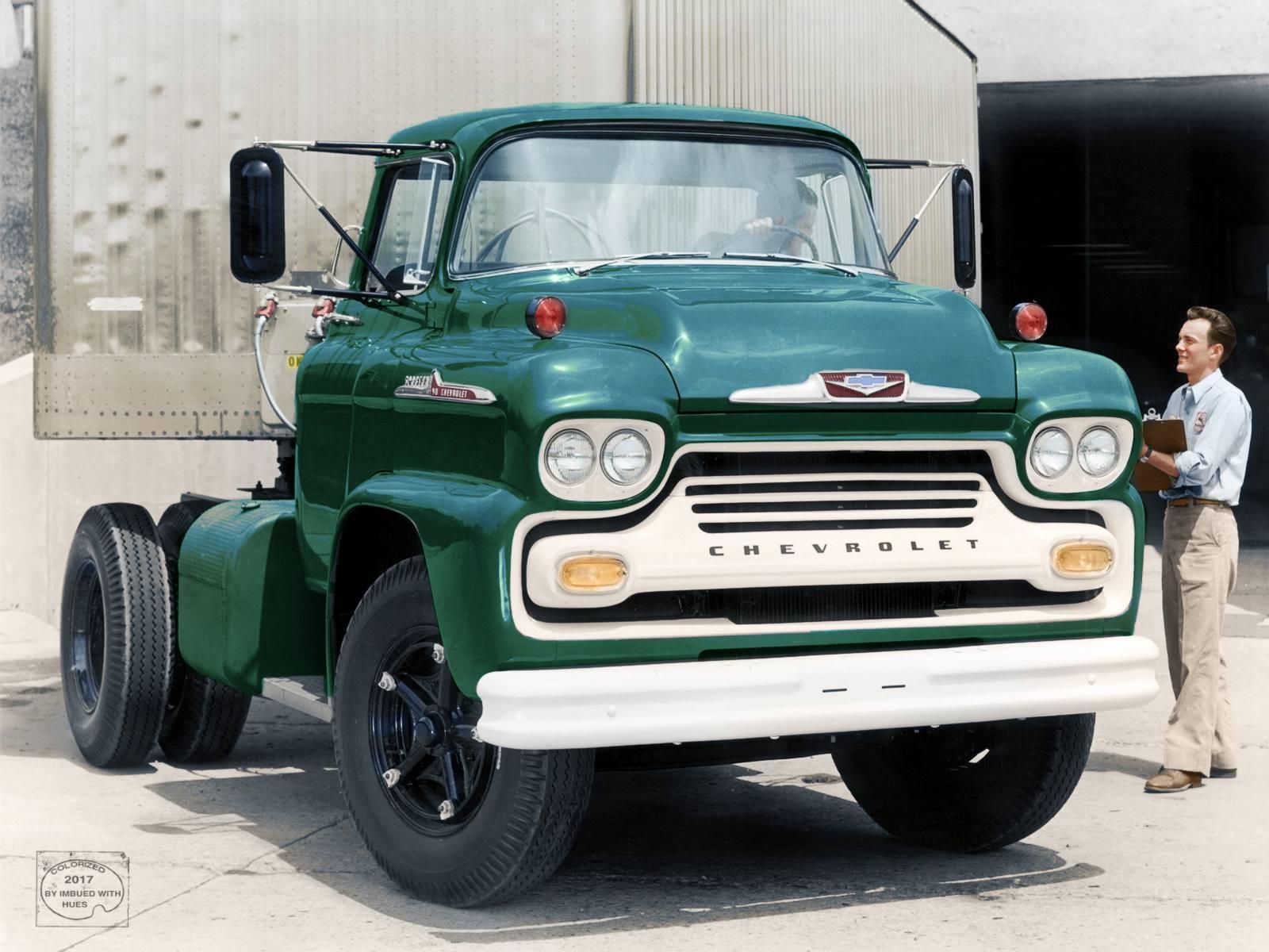 Chevrolet-Spartan-80--1958