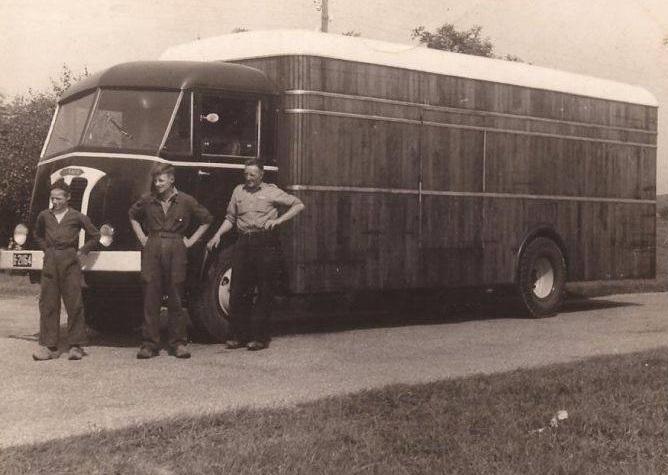 Panhard-1952