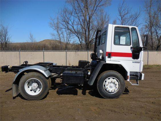 Ford-CF-7000-1987