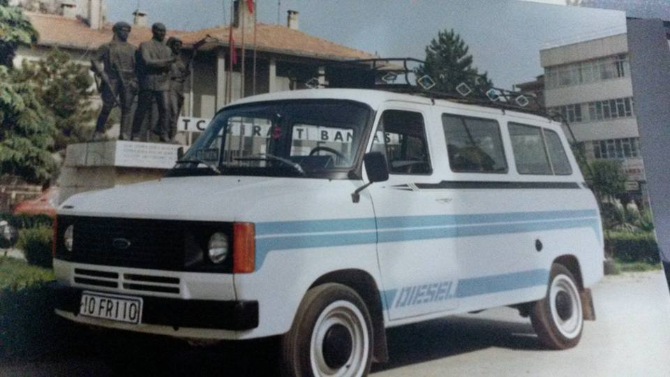 Ford-Mini-bus--Erdal-Pulluk