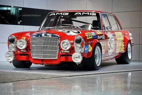 Mercedes-300-SEL-6-3